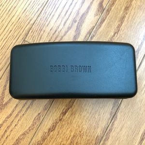 🆑 Bobbi Brown Sunglasses Black Case